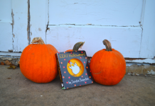 halloween books and pumpkins
